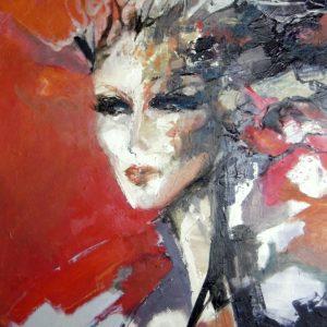 Portrait de femme sur fond rouge